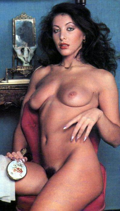 nude Norma duval