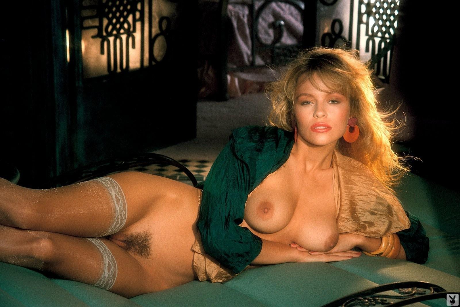Kim s nude calendar pics