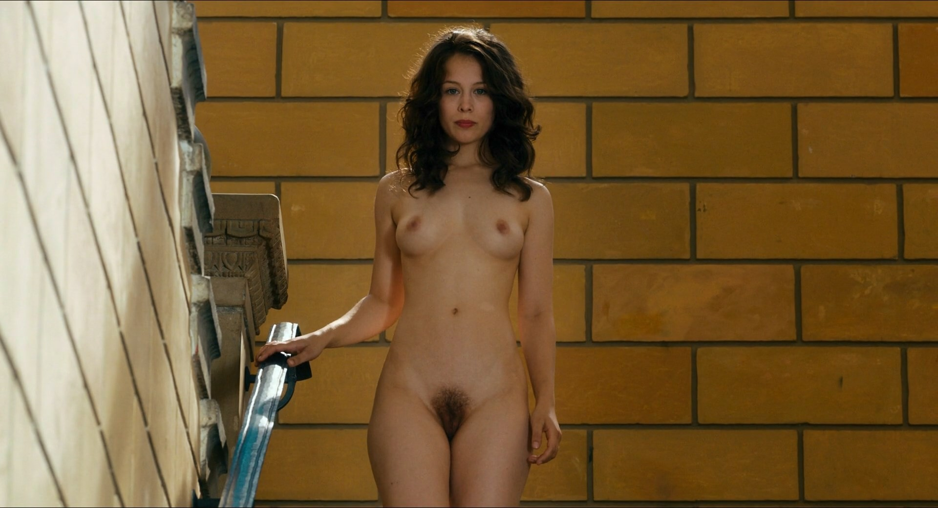 Tiasha lorrin sexy body in full frontal nude photoshoot by jeffrey thomas