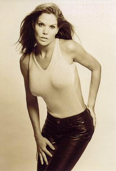Paula Trickey desnuda - Fotos y Vídeos -