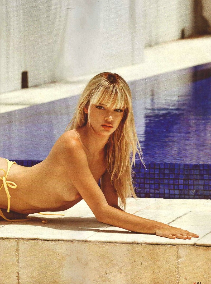 nudes (33 photo), Sideboobs Celebrity photos