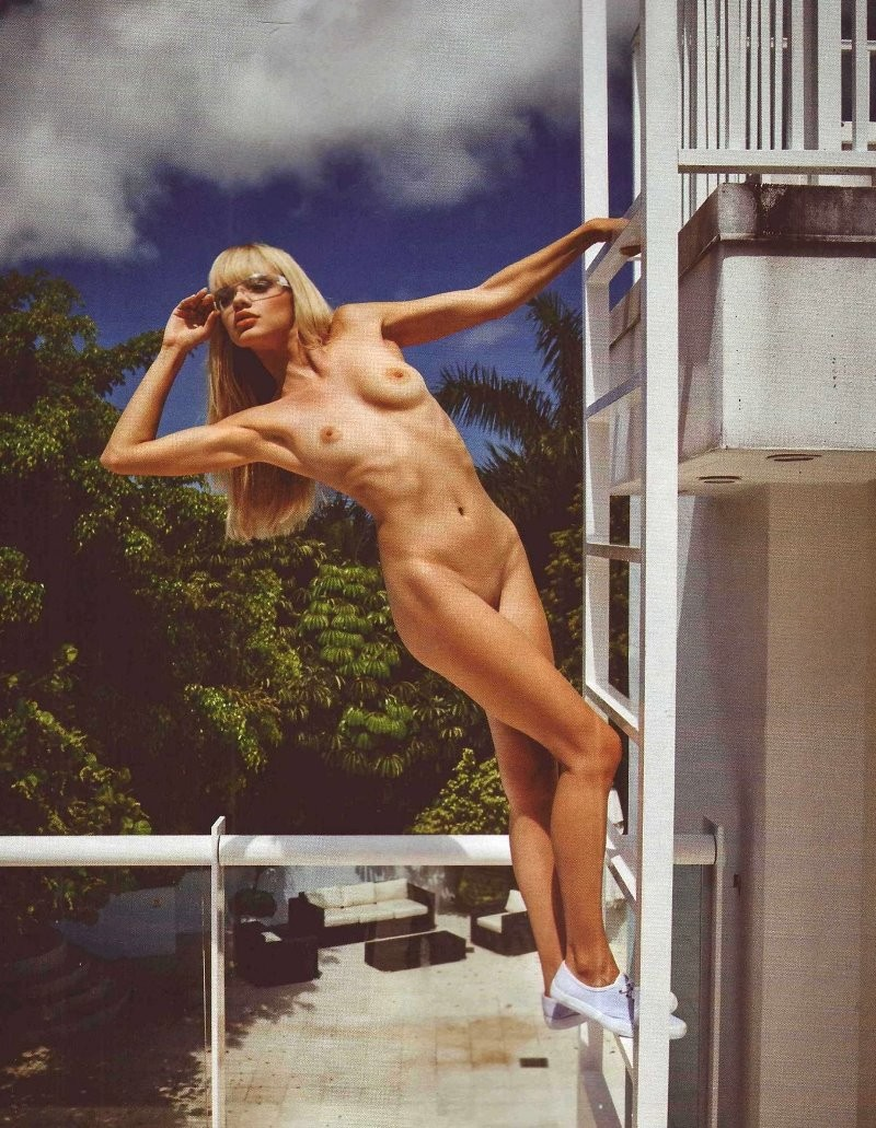 Pauline Baly Nude Photos and Videos