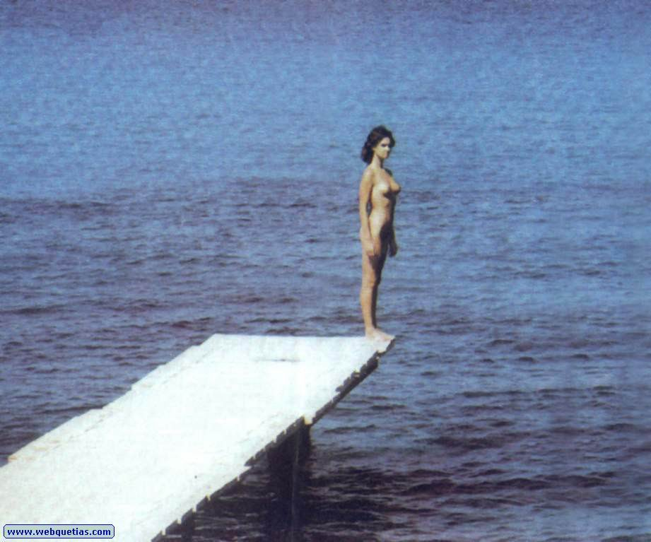 teen plumper nude girl