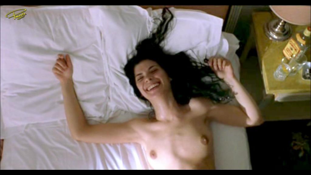 Macarena perez desnuda en gran hermano argentina - 1 part 6