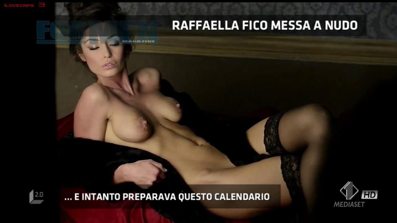 Fico nuda raffaella Mario Balotelli's