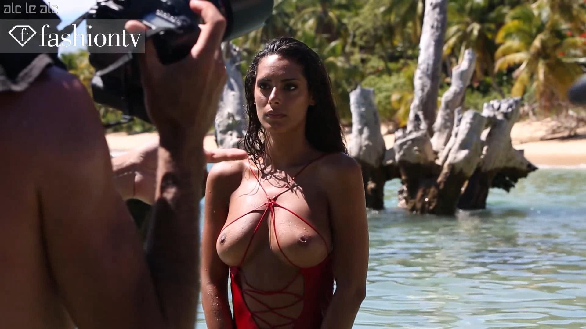 Raffaella modugno topless 7 Photos - 2019 year