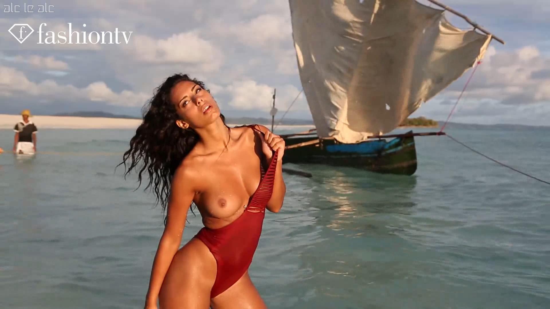Watch Raffaella modugno topless 7 Photos video