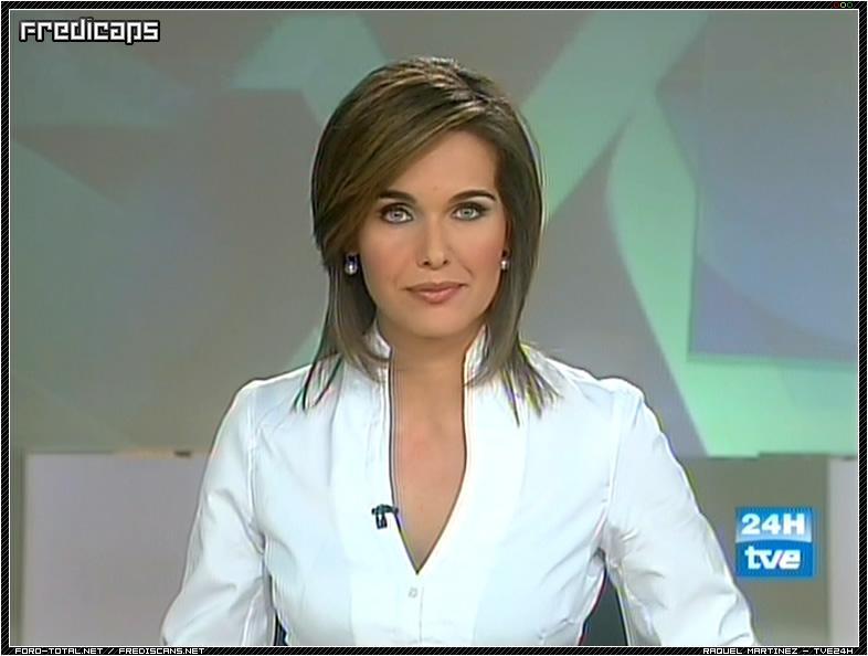 Nackt Raquel Martínez  Charlotte Gainsbourg