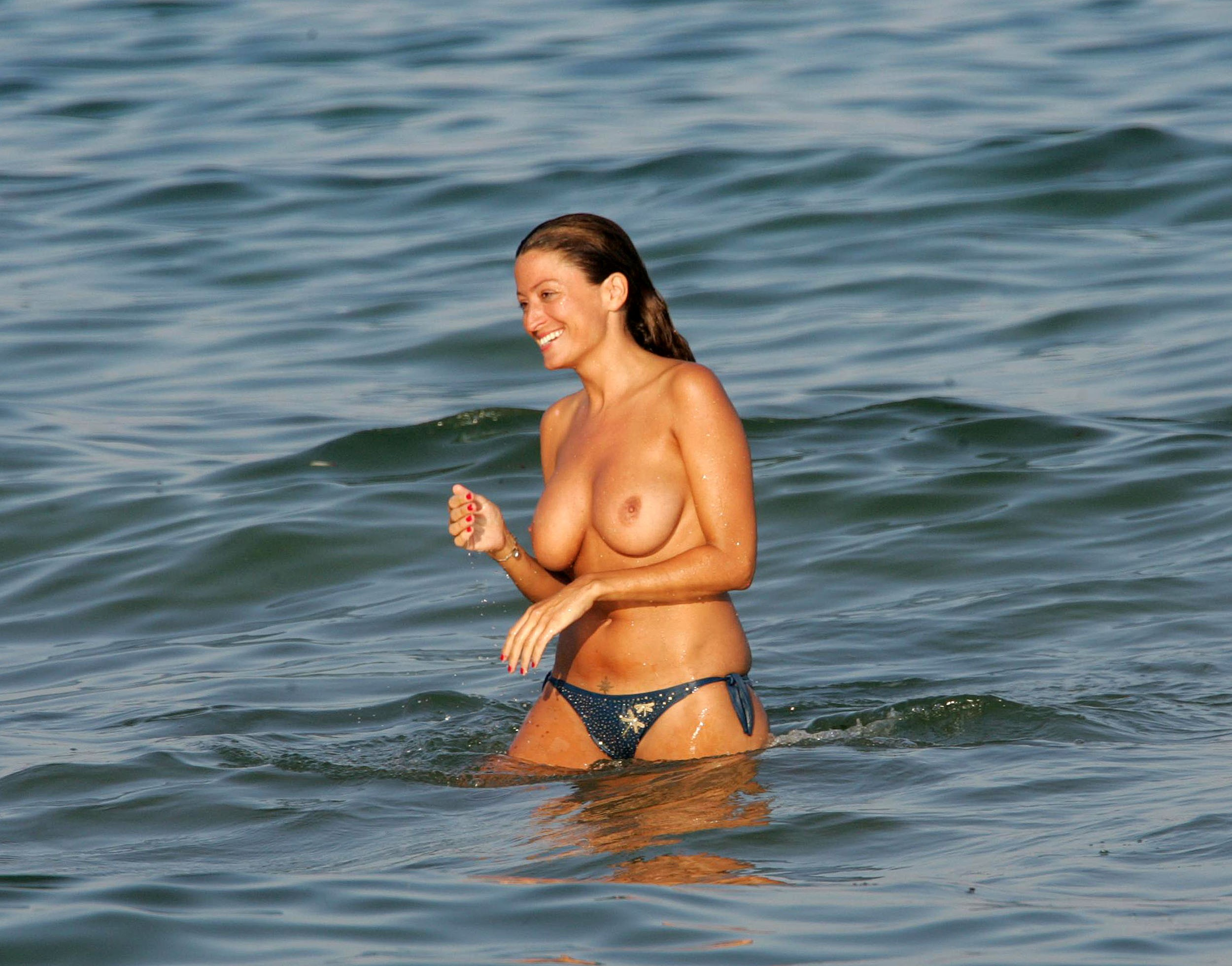 Rebecca loos topless pictures july
