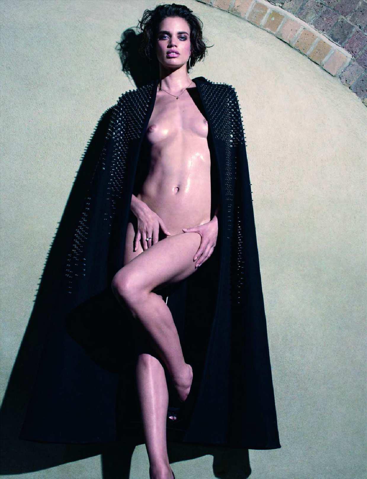 Ten  Rianne nackt Haken Milla Jovovich