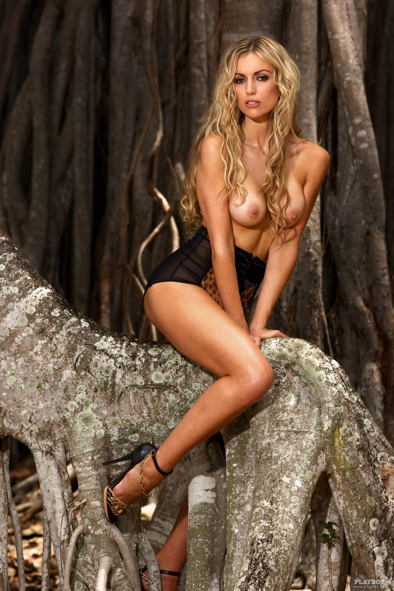 Самая красивая девушка в мире голоя 18 фотография
