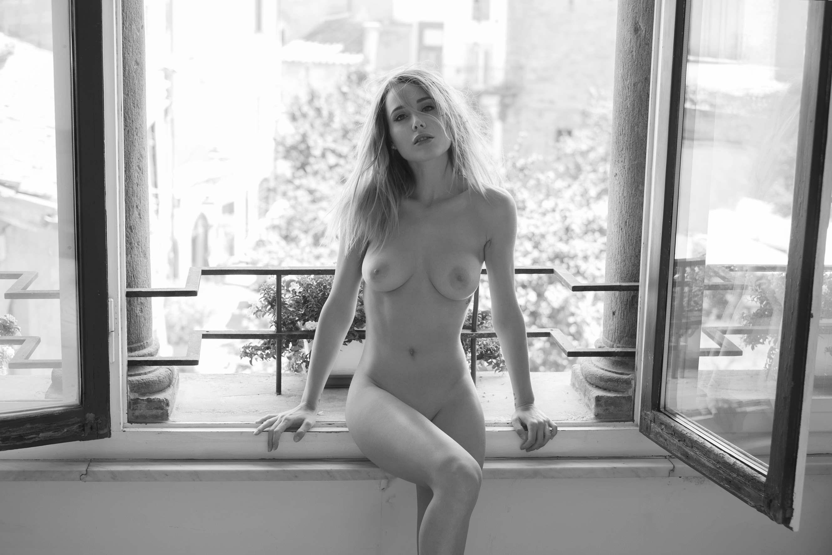 Gray headed lady nudes pics