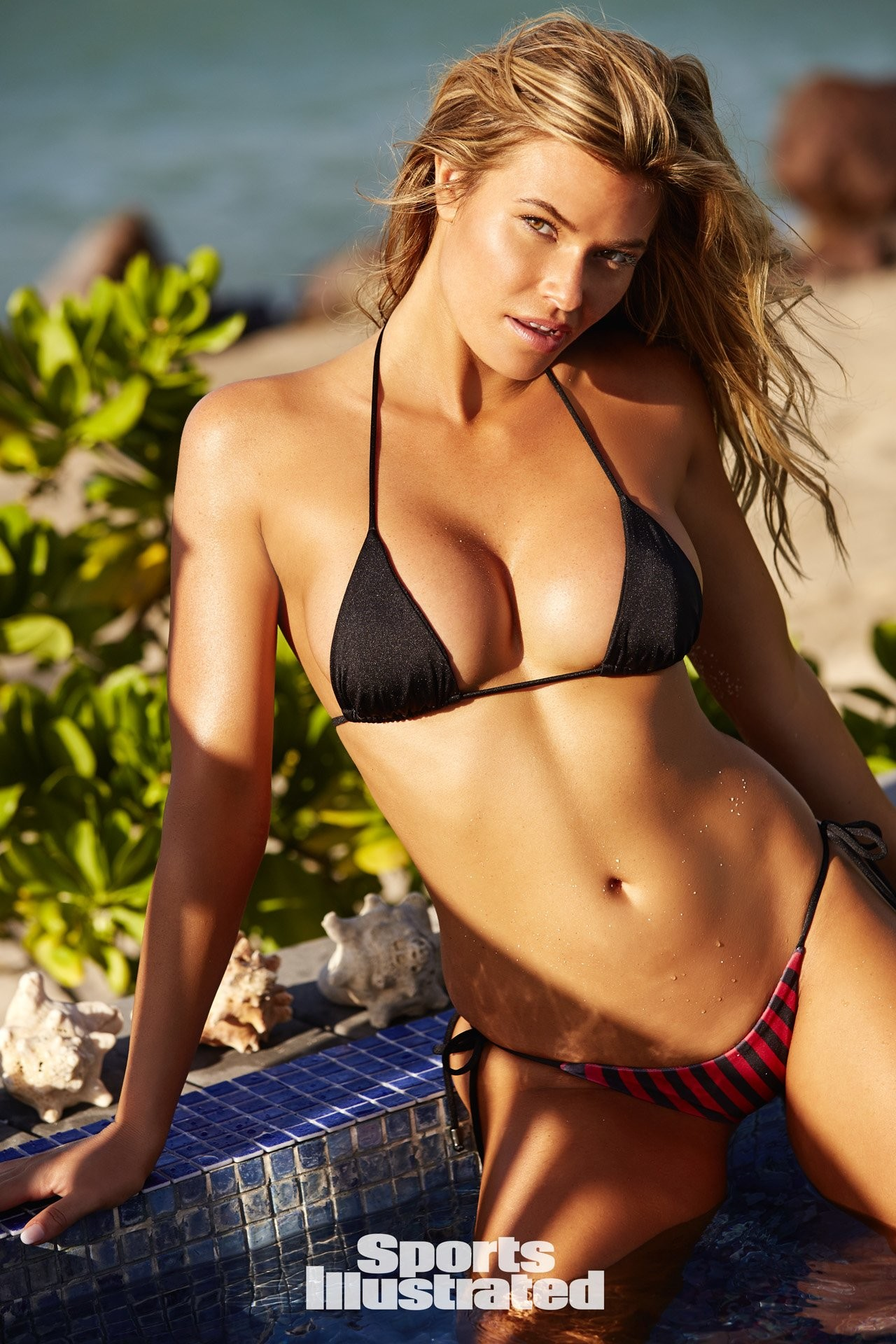 Samantha Hoopes In Si Swimsuit  71 Kb