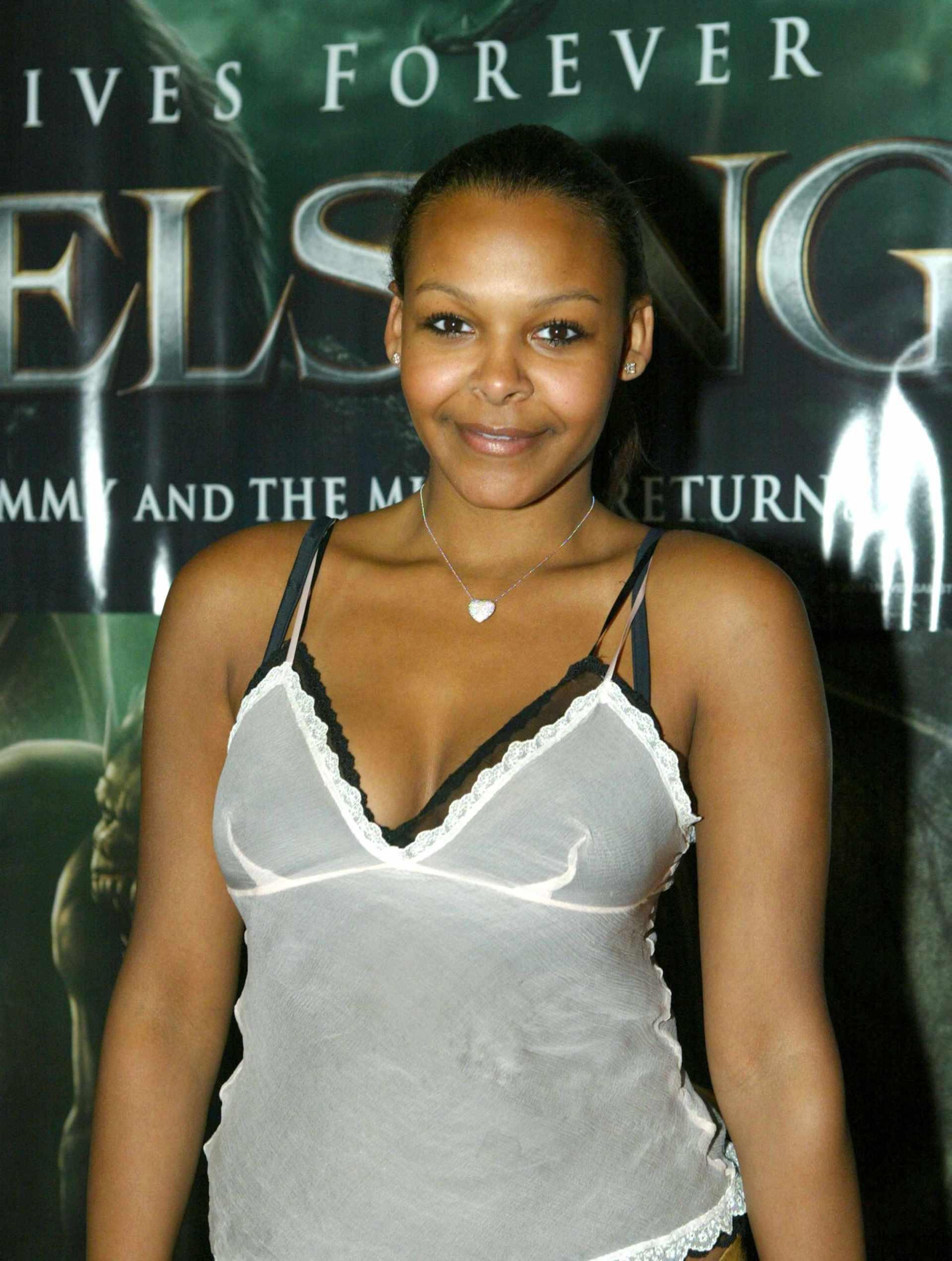 Nackt  Samantha Mumba Nudity in