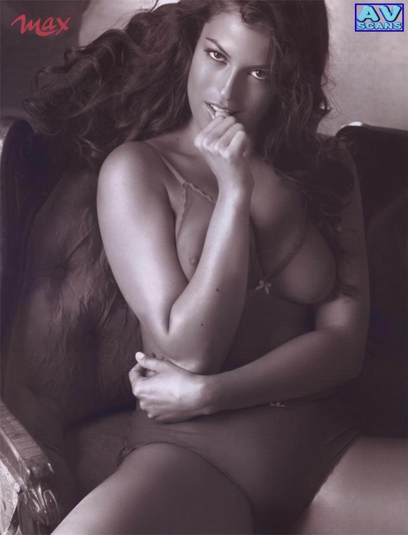 совсем успел самые красивые эротические актрисы из италии на видео волосами