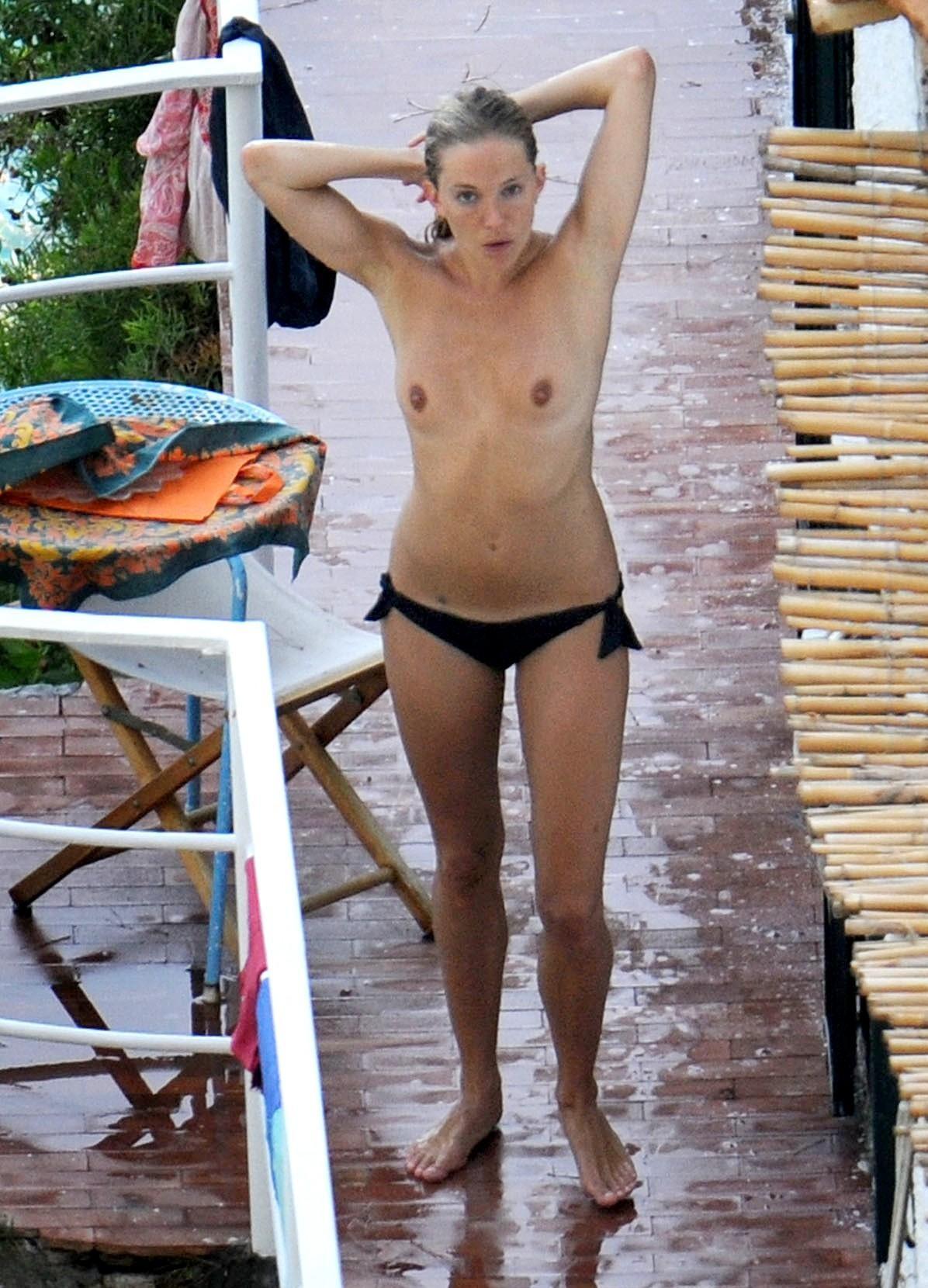 Sienna miller topless in alfie movie scandalplanetcom - 2 part 8