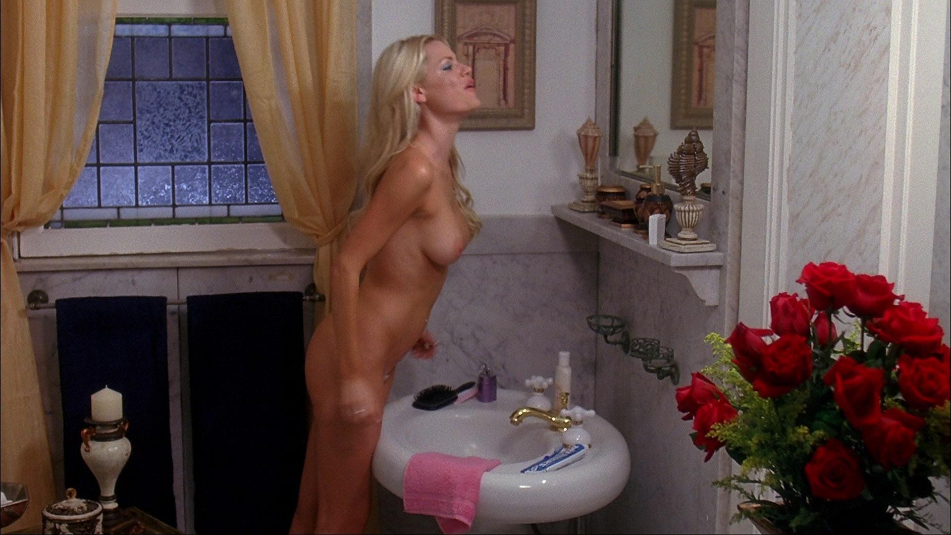 Sophie monk cringes over nude iplayboyi shoot