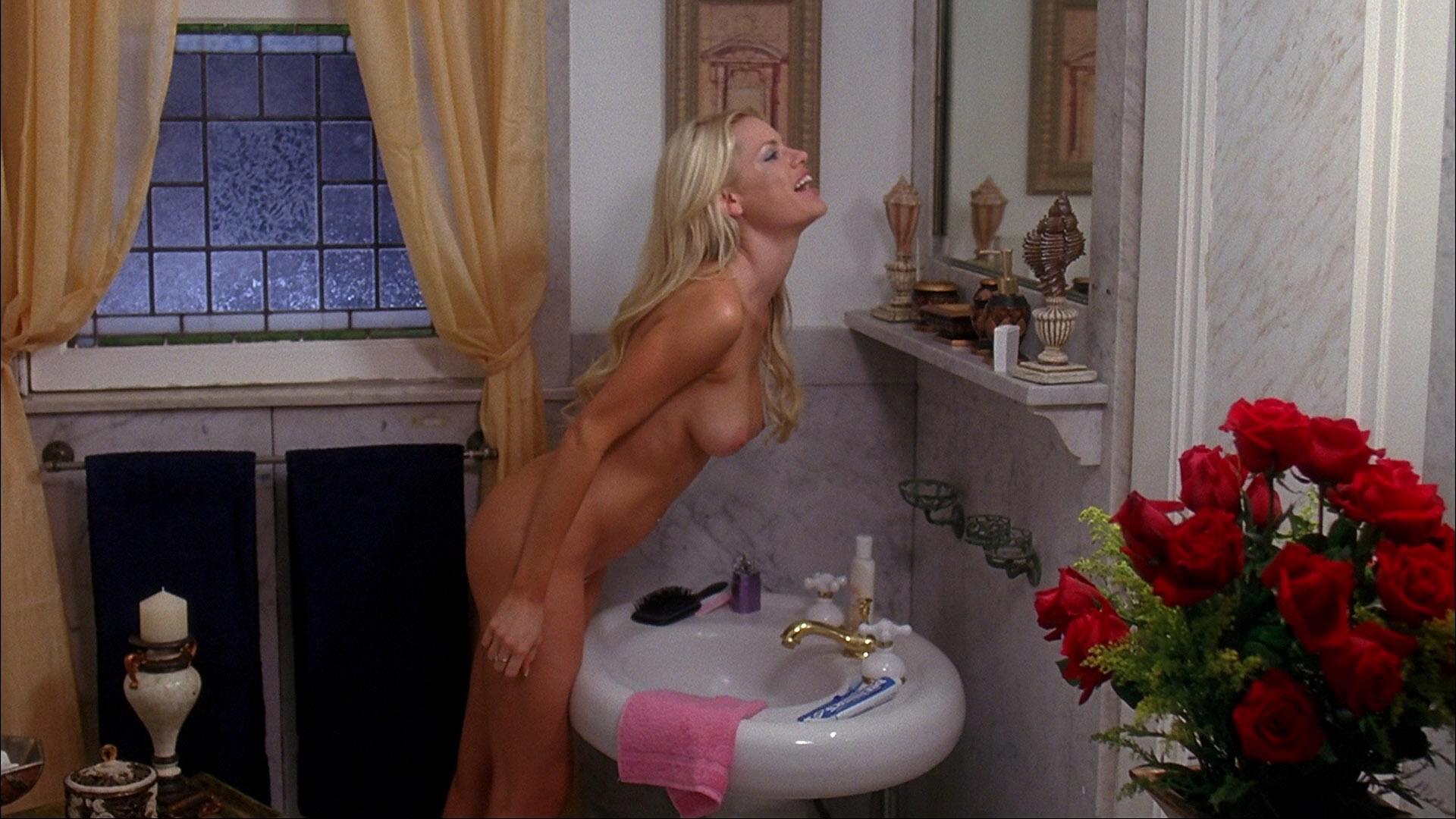 Софи монк порно