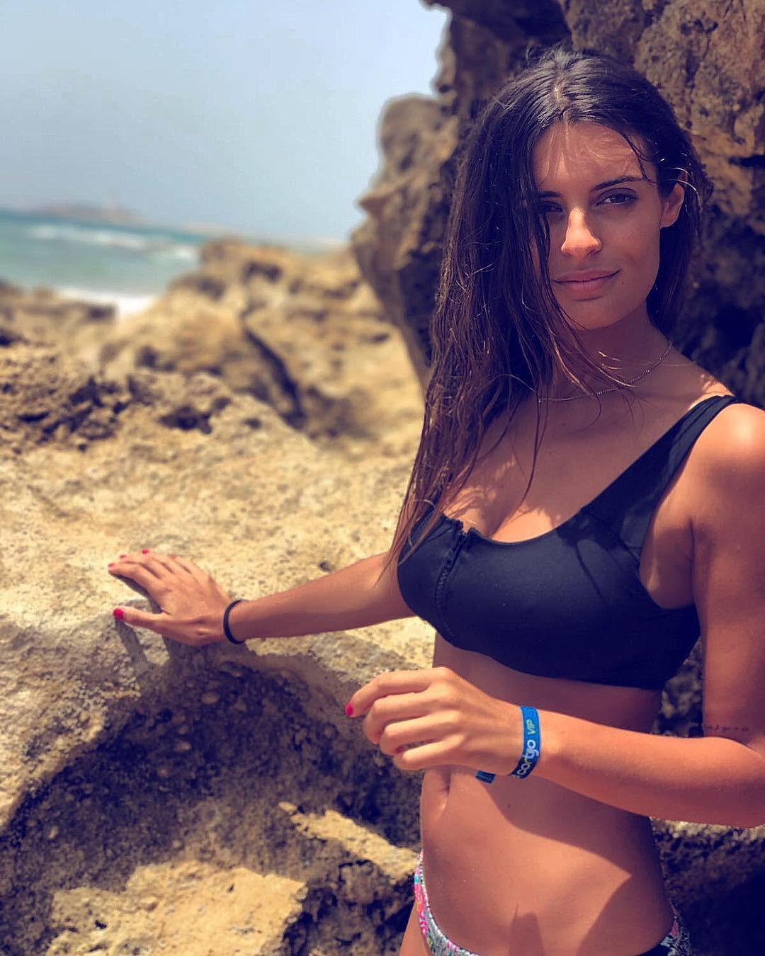 nackt Molina Susana Corinne Clery