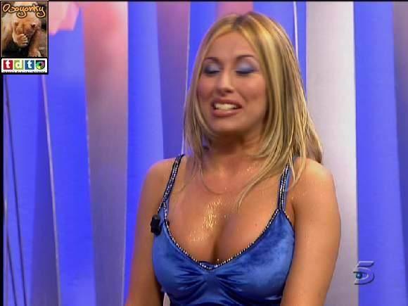 Susana reche striptease from unknown tv prog 7