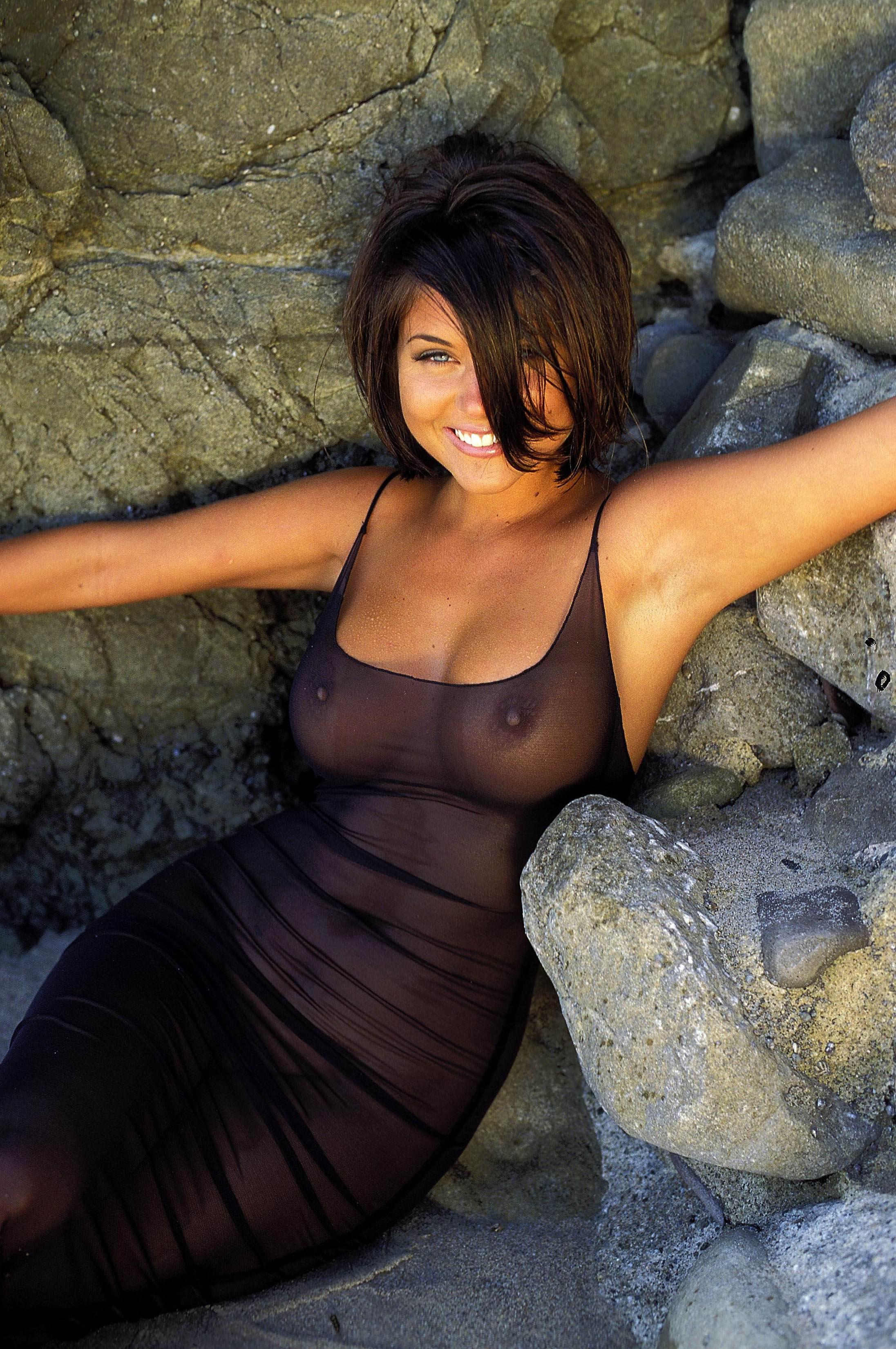 Фото прозрачная одежда голые сиськи, порно два во рту