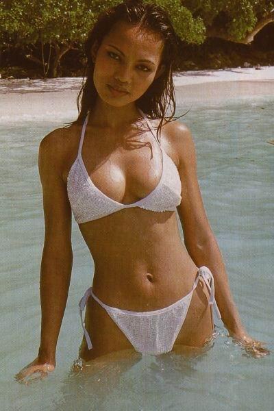 Desnuda Descuido Topless Bikini As Interviu La Granja De Los