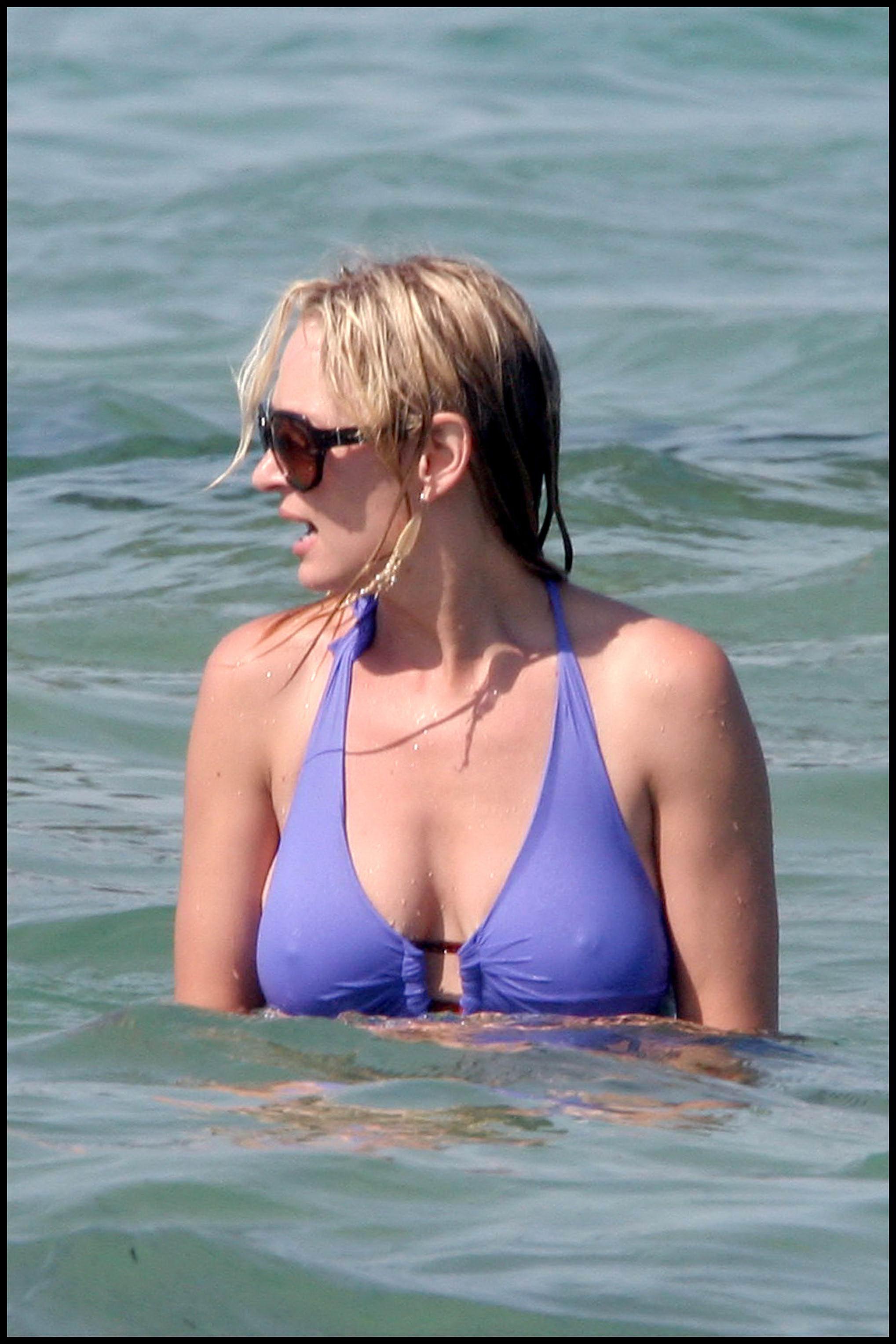 uma thurman nude on beach