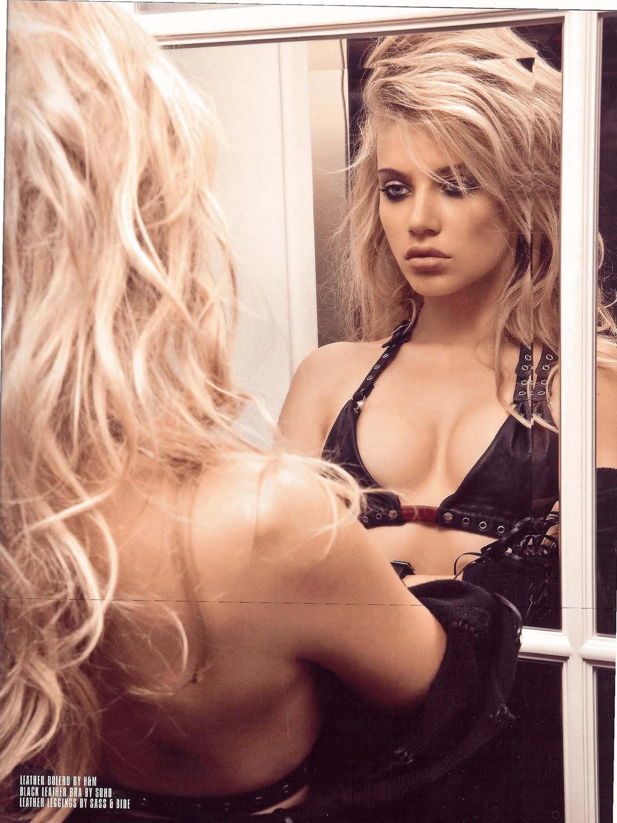 Watch Xenia Tchoumitcheva Nude Photos and Videos video