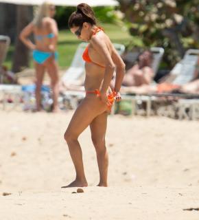 Eva Longoria en Bikini [800x882] [58.71 kb]