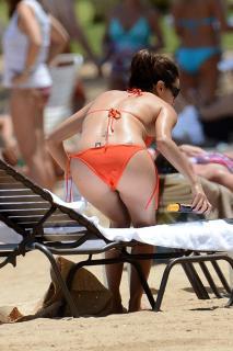 Eva Longoria en Bikini [800x1199] [111.66 kb]