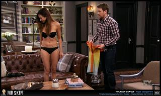 Noureen dewulf anger management s4e28 8