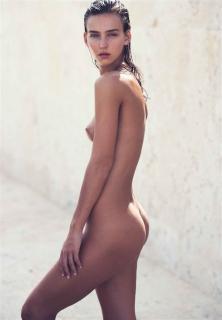 Rachel Cook en Nu Muses 2017 Desnuda [696x1000] [76.85 kb]