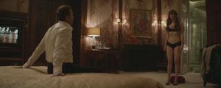 Jennifer Lawrence en Gorrion Rojo [1900x762] [174.5 kb]