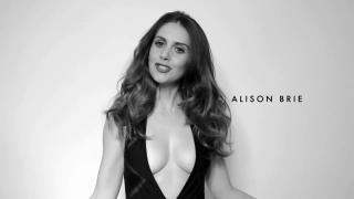Alison Brie [1280x720] [62.01 kb]