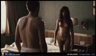 Liz Gallardo en El Bufalo De La Noche Desnuda [1020x600] [93.24 kb]
