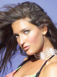Alessia Merz in Calendario 2005 Nude [709x945] [110.35 kb]