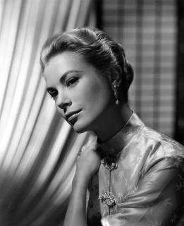 Grace Kelly [491x600] [34.09 kb]