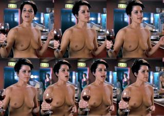 Neve Campbell Nude [1339x954] [167.09 kb]