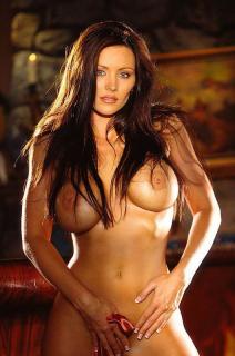Aliya Wolf en Playboy [530x800] [84.15 kb]