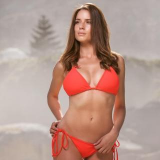 Simone De Kock en Bikini [1080x1080] [96.06 kb]