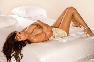 Krystle Lina en Playboy Desnuda [1024x683] [111.92 kb]