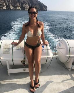 Mar Montoro en Bikini [1080x1350] [292.04 kb]