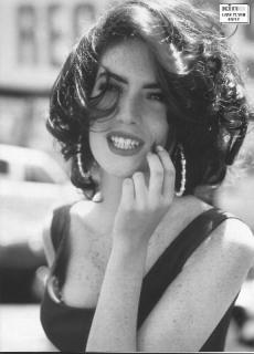Lara Flynn Boyle [346x480] [26.06 kb]