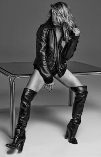 Jennifer Aniston [1500x2334] [310.79 kb]