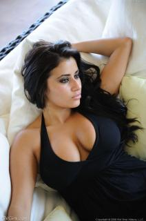 Alexa Loren [1064x1600] [263.79 kb]