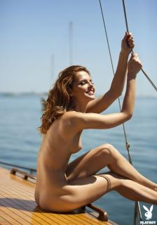 Valeria Lakhina en Playboy Desnuda [1123x1600] [188.03 kb]