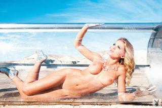 Chelsea Salmon en Playboy [1024x682] [171.76 kb]