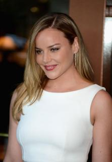 Abbie Cornish [1200x1728] [168.94 kb]