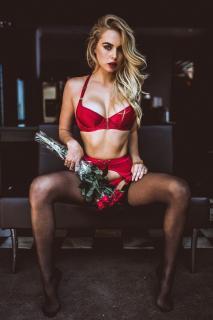 Paige Marie Evans [960x1438] [267.54 kb]