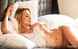 Christin Tusk en Playboy Desnuda [1920x1229] [359.06 kb]